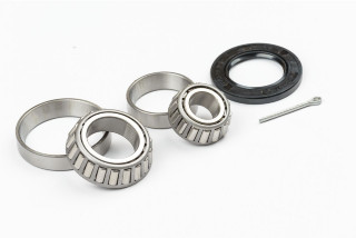 BEARING KIT TRAILER LM STANDARD