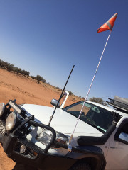 FLAG SAFETY/SAND 3 X 1M SECTIONS 4WD
