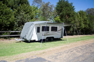 PRO_CARAVAN COVER_OPEN AWNING